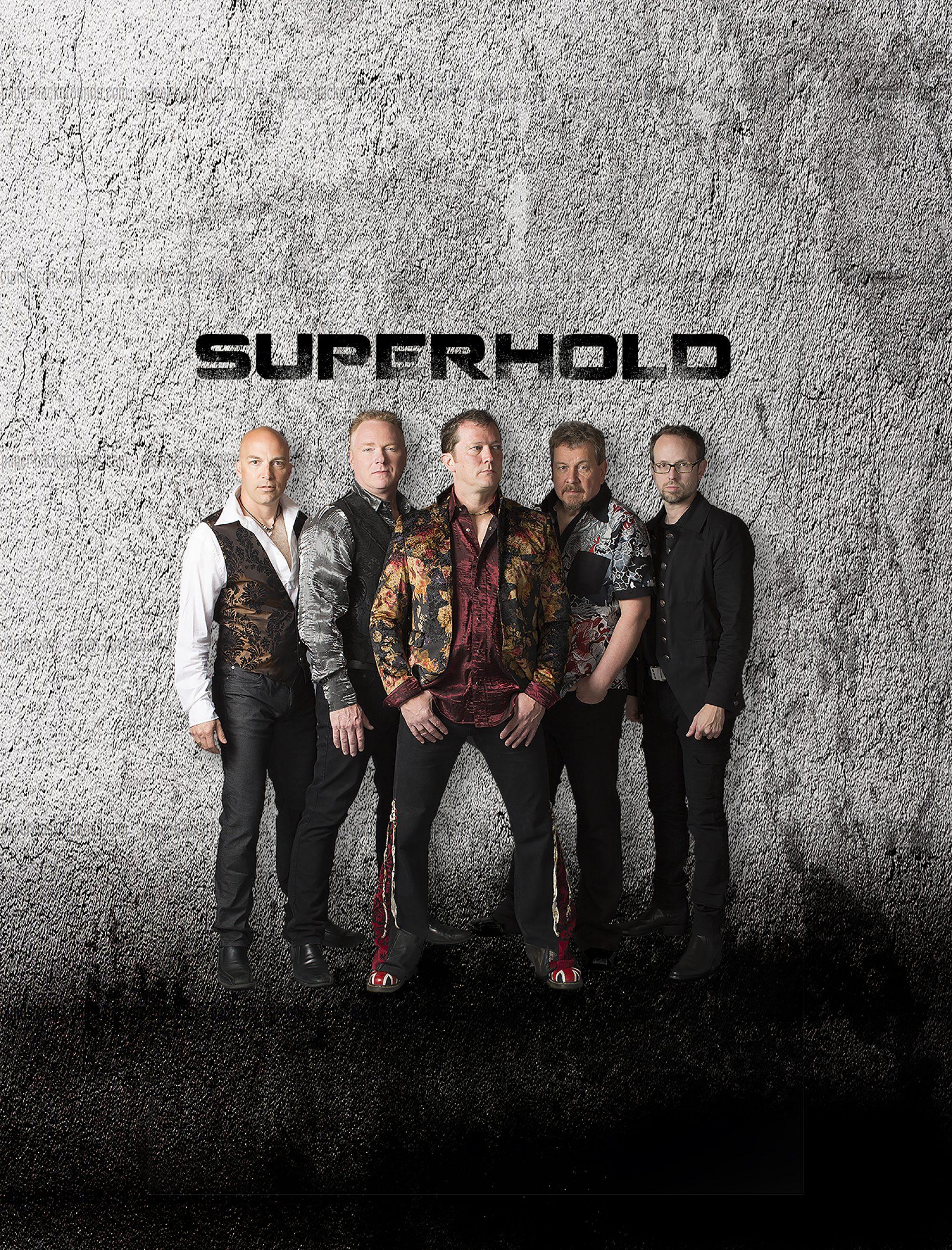 SUPERHOLD